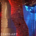 оформление интерьера стеновыми панелями из нержавеющей стали