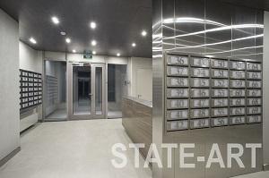 Установка блока почтовых ящиков в фальш колонну в холле жилого комплекса