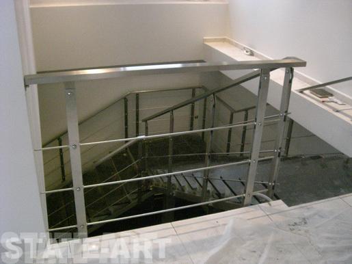 Заказать изготовление лестниц на металлическом каркасе от компании State-Art по выгодным ценам в Москве