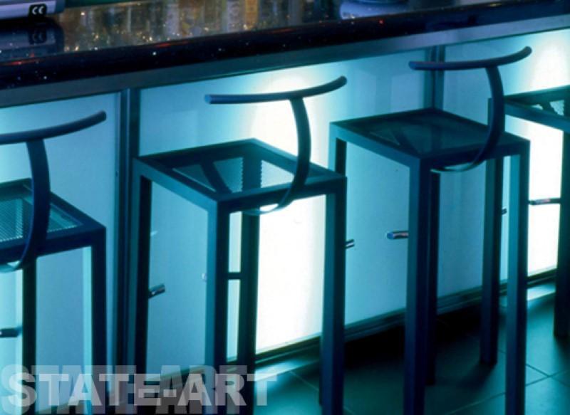 мебель хай-тек из металла
