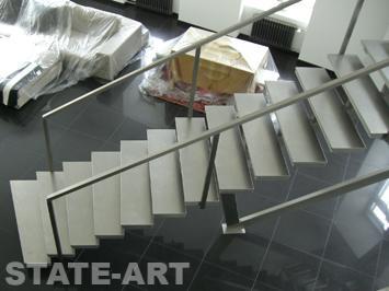 Изготовление поручней из нержавеющей стали для лестниц от компании State-Art по выгодным ценам в Москве