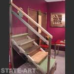 выставочный образец лестницы из нержавеющей стали