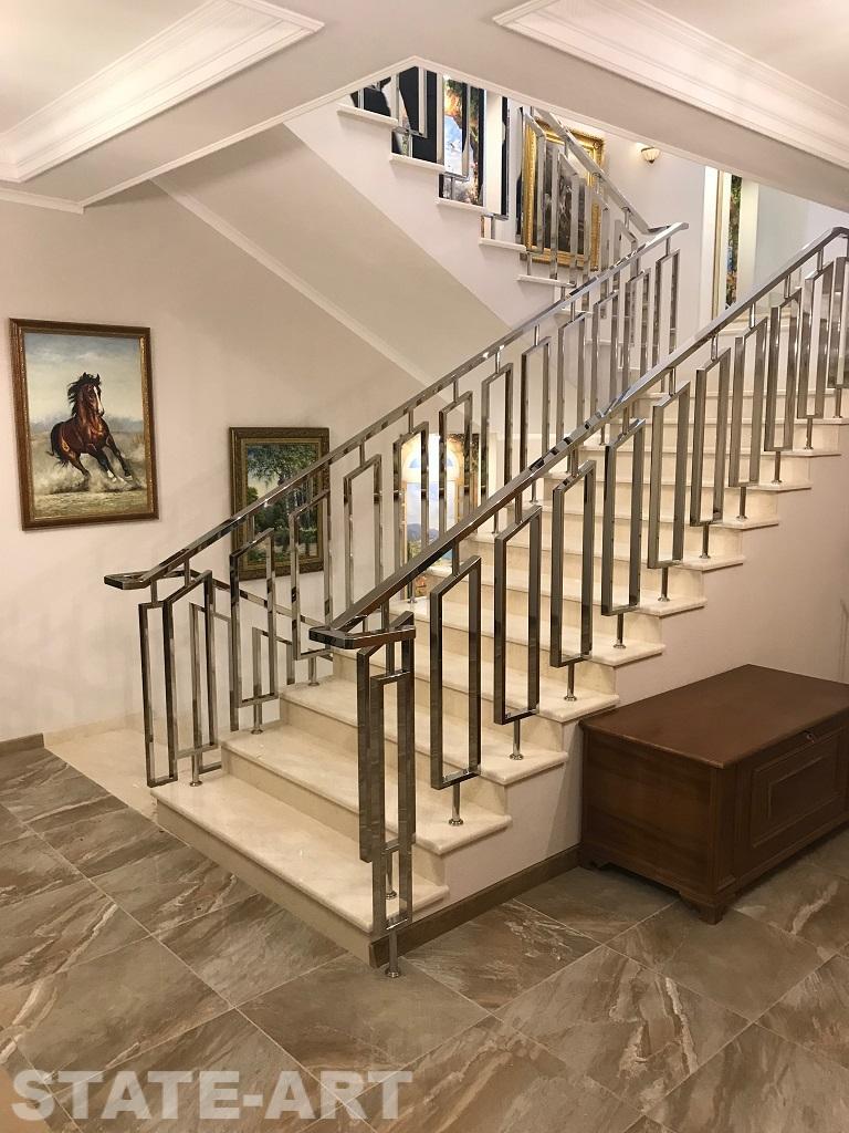 Декоративные металлические конструкции в интерьере