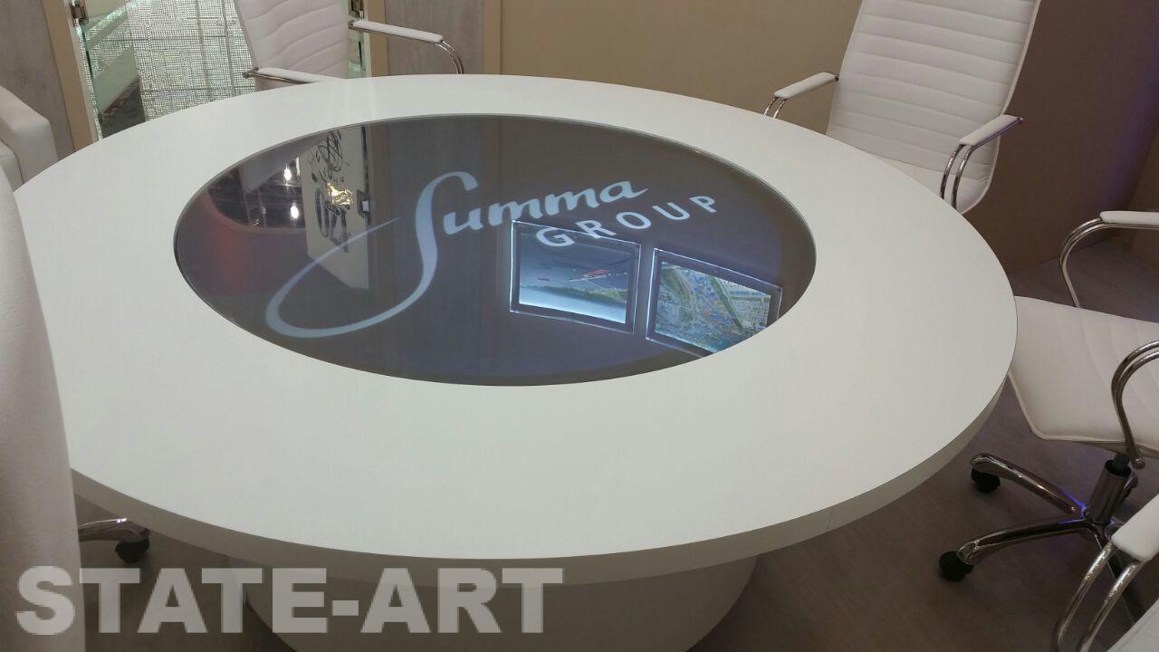 Интерактивный стол I-Collo на вычтавочном стенде